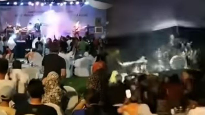 印尼海啸惊魂瞬间 流行乐队被海啸卷走(视频)