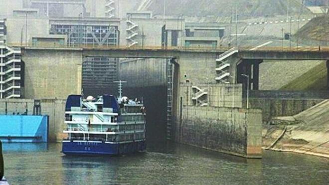 歷史上的今天,12月14日:三峽大壩—-什麼時候把它炸掉