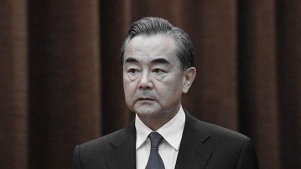 王毅喊话孟晚舟事件  网民炸锅:如果不是孟晚舟呢?