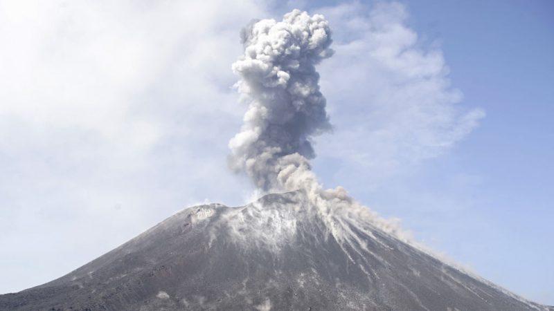 印尼灾区火山续喷发 方圆5公里列禁区