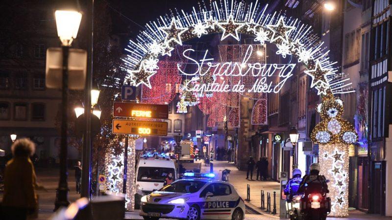 法圣诞市集恐袭4死10多伤 枪手受伤逃逸