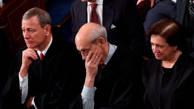 最高法院首席大法官左倾 否决川普移民政策