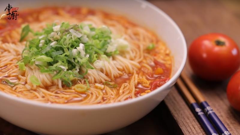 番茄鸡蛋面 家庭简单做法(视频)