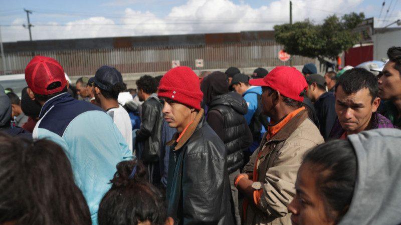 墨关闭原移民庇护所 新址远离美边境