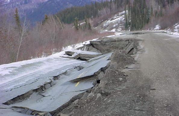 阿拉斯加7級強震僅2房塌 法規確保建築牢固