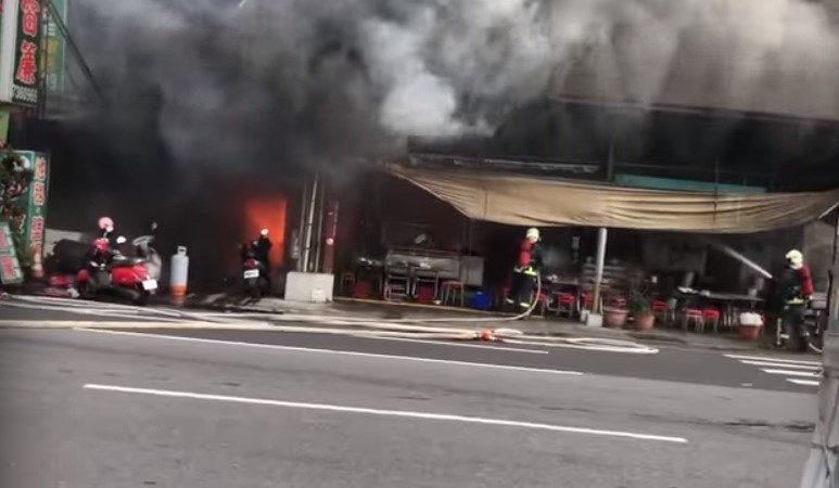 彰化市爌肉饭名店大火波及窗帘店