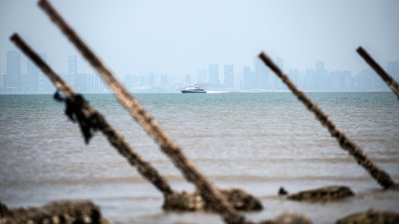 揭秘: 40艘美軍艦集結台海 江澤民下軟蛋
