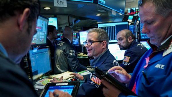 美12月新增31万就业 道指反弹大涨746点