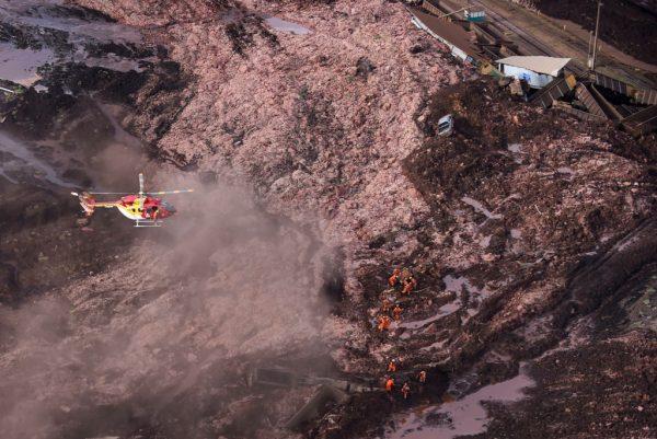 巴西水壩潰決山泥奔騰而下 至少7死150人失蹤