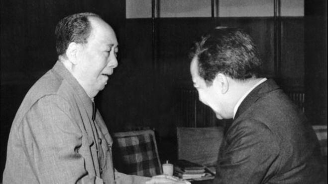 林立果等人为什么称毛泽东为B52?
