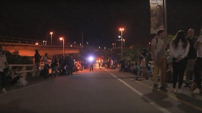 澳男布里斯本機場發炸彈威脅 警發豆袋彈制伏