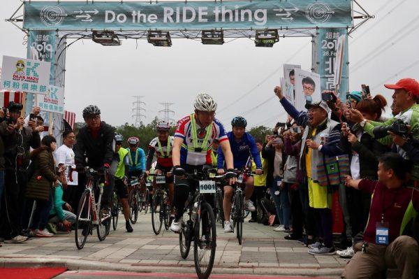 二二八挑戰 柯文哲一日北高自行車