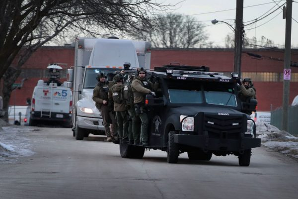 芝加哥爆枪击5死5伤 凶手遭击毙(视频)