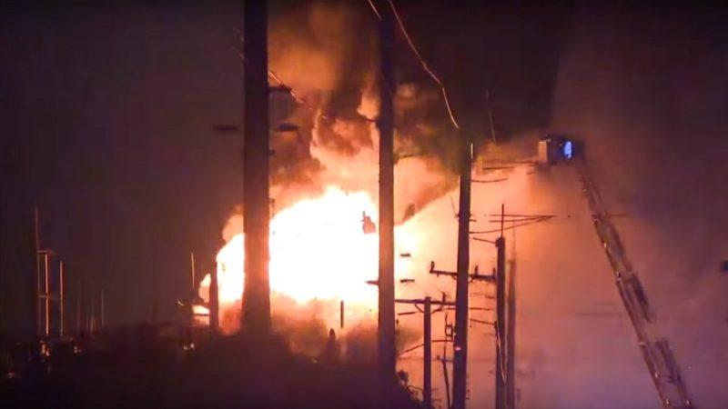 佛州勞德岱堡變電所失火 市內大停電