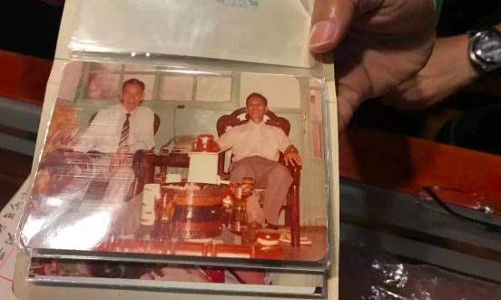 20岁那年 发现父亲还有一个家庭