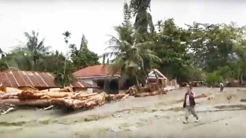 印尼巴布亚省豪雨暴洪 至少63死59人伤