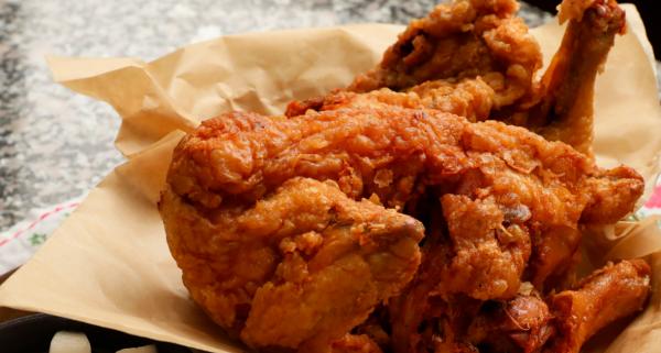 韓式炸雞 傳統市場風格 超級酥脆、柔軟多汁(視頻)