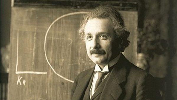 【江峰時刻 】愛因斯坦的心中誰是祖國?「國家是為人而建立,而人不因國家而生存」