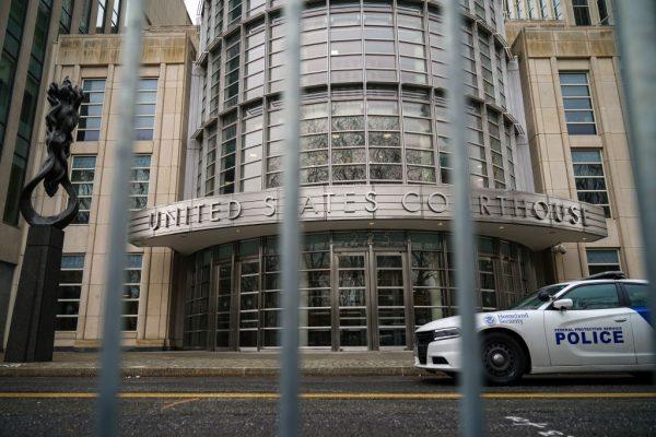 中共前外交官美國受審 壓榨中國勞工罪證曝光