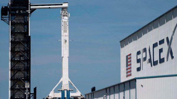 太空商务旅行将成真?飞龙号太空舱成功重返地球