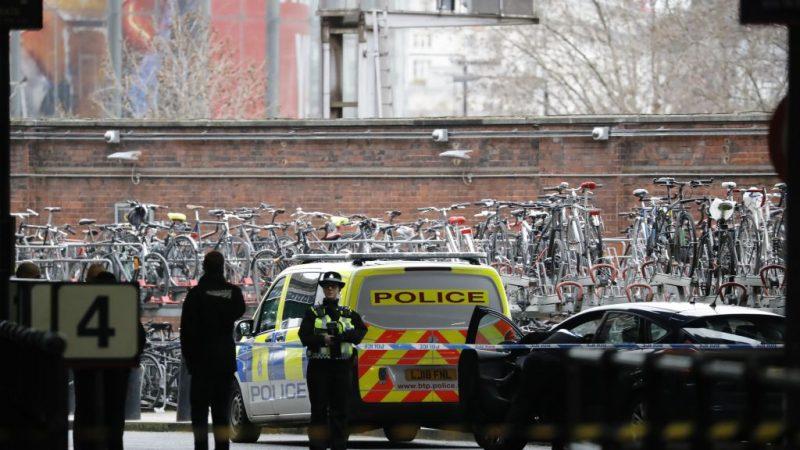 伦敦3个交通枢纽 纷接到邮包炸弹