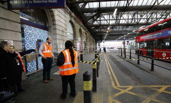伦敦三大交通枢纽发现邮包炸弹 警方定性恐怖事件