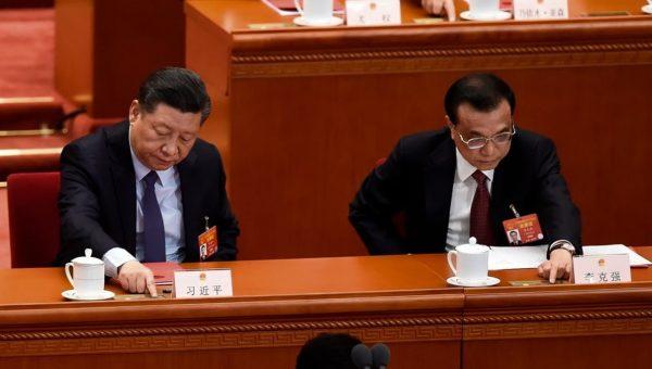 两会看台:习近平变脸 这两名高官谁先入秦城 57岁台湾女孩感动了谁