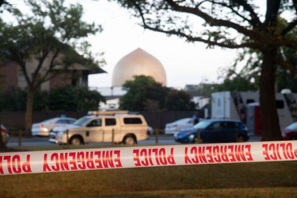 还原骇人情景 清真寺幸存者勇敢对抗枪手过程(视频)