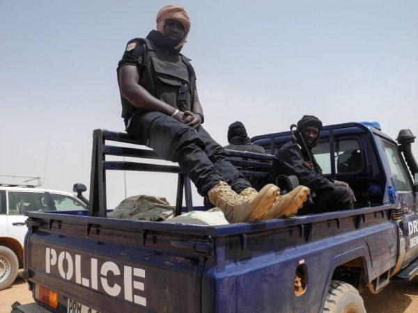 西非馬利爆屠村慘劇 奪命逾130人