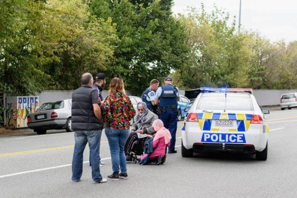 """新西兰恐怖枪击案酿49死 大陆网民竟""""点赞""""叫好"""