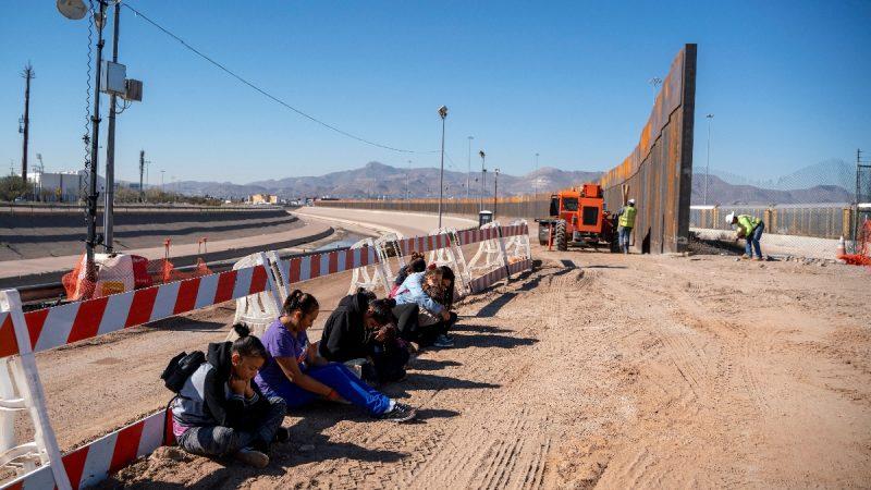美国防部首拨10亿美元 资助边境墙建设