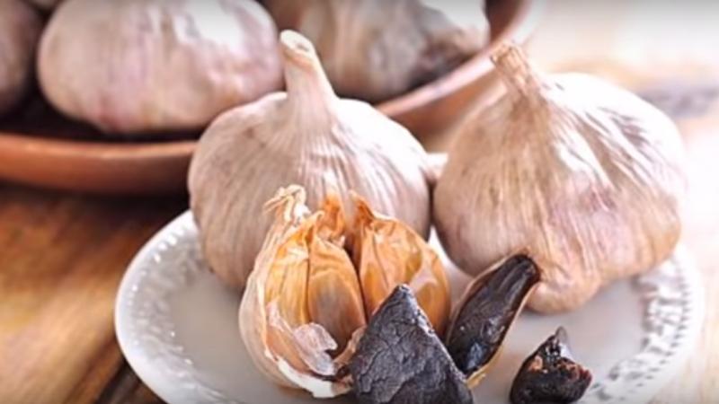 自製黑蒜頭 只需一樣材料(視頻)