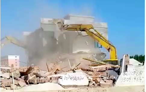 海南省東方市八所鎮政府強拆,害苦百姓(視頻)
