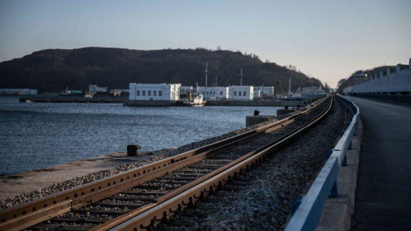 朝鲜铁路已达百年高龄 两大原因致国库见底