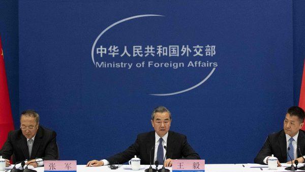 """中共外交部""""性贿赂""""外国政要 内幕曝光"""