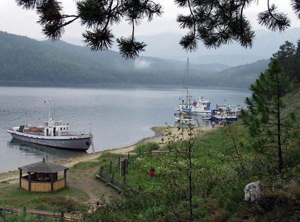 俄反中情緒蔓延 貝加爾湖又一中資水廠被抗議