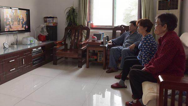 专家:老龄化严重 中国经济或永远无法超越美国