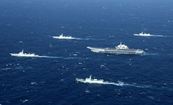 反擊超限戰 美:將視中共海警與民兵船為軍艦