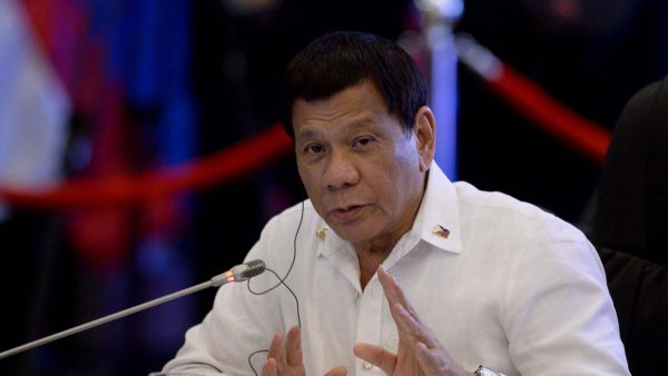 南海又「起火」 菲總統警告要對中共「自殺式」反擊