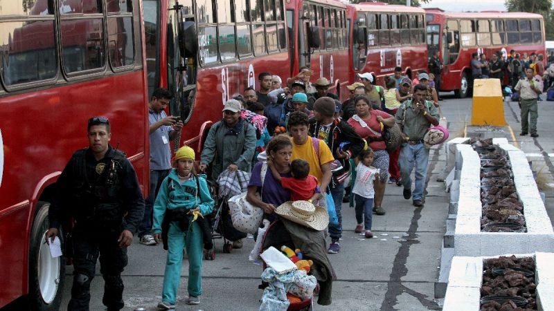 美边境非法移民激增 左媒被迫承认危机严重