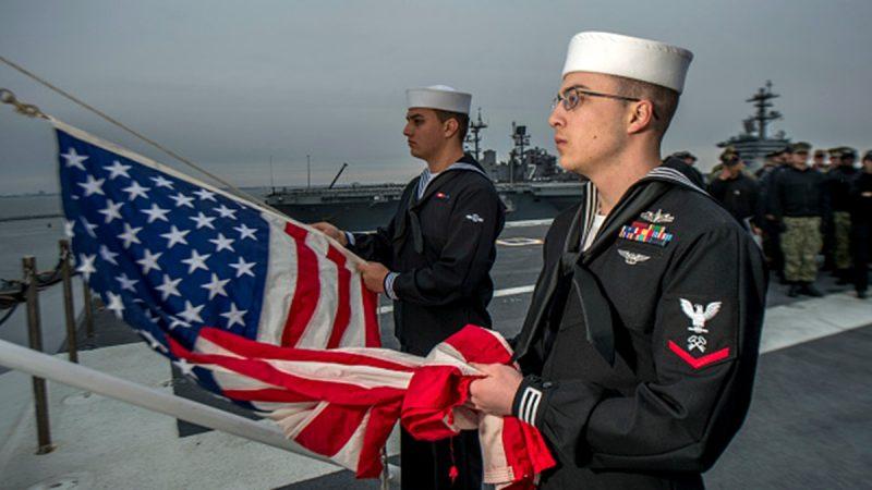 習近平海軍閱兵現尷尬 美國上校笑而不答