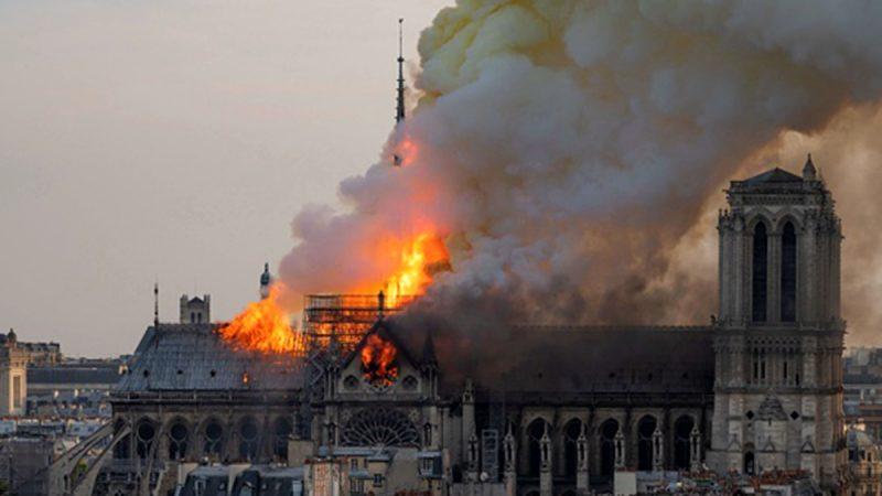《石濤聚焦》「巴黎聖母院—今天傍晚被燒毀……難言因果」