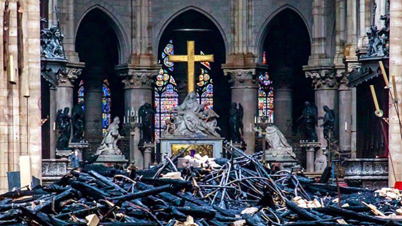 巴黎圣母院火灾盘点:最珍贵文物幸免于难(多图)