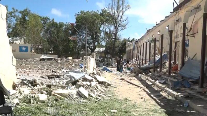 汽车炸弹攻击索马里政府总部 摧毁建物至少5死