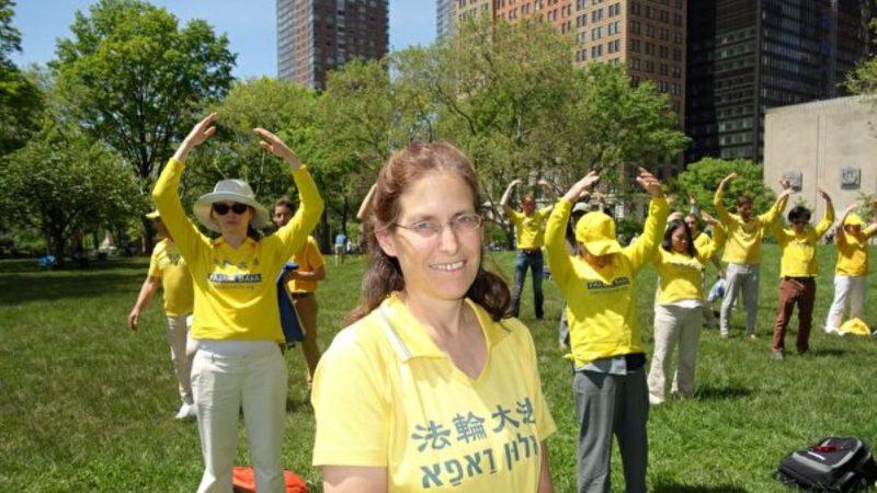 以色列母親修大法學會聆聽 親子關係更和諧