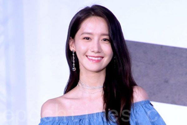 润娥个人作摘台湾等10区iTunes专辑榜冠军