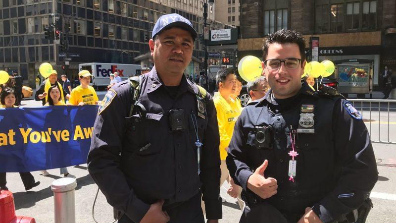 【禁聞】紐約逾萬人遊行 警察:我支持你們的信仰