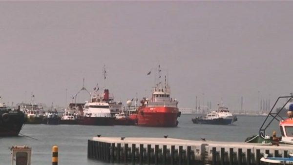 波湾局势升温 阿联酋证实港口4艘船遭锁定破坏