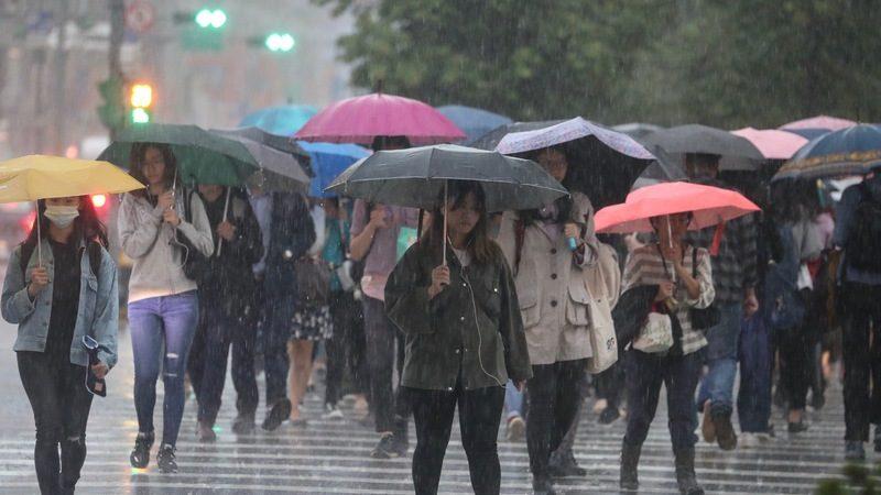 梅雨鋒面影響台灣 各地留意瞬間強降雨