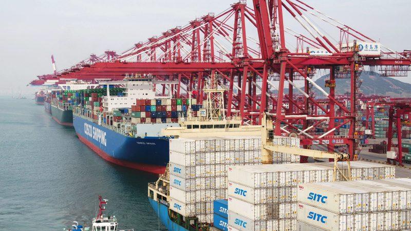 美中贸战硝烟再起 中国4月出口意外下跌